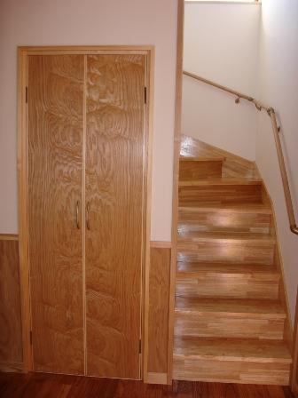 10.ゆったりとした螺旋状の階段