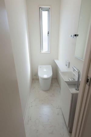 13.広いトイレ