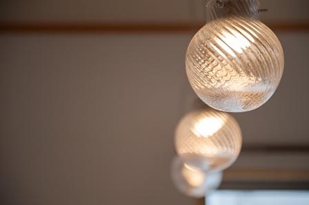 24.R様のセンスが光る照明器具